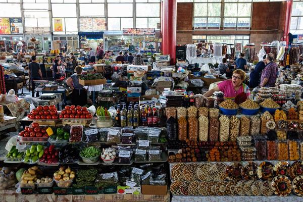 جاهای دیدنی ایروان ، بازار پاک شوکا